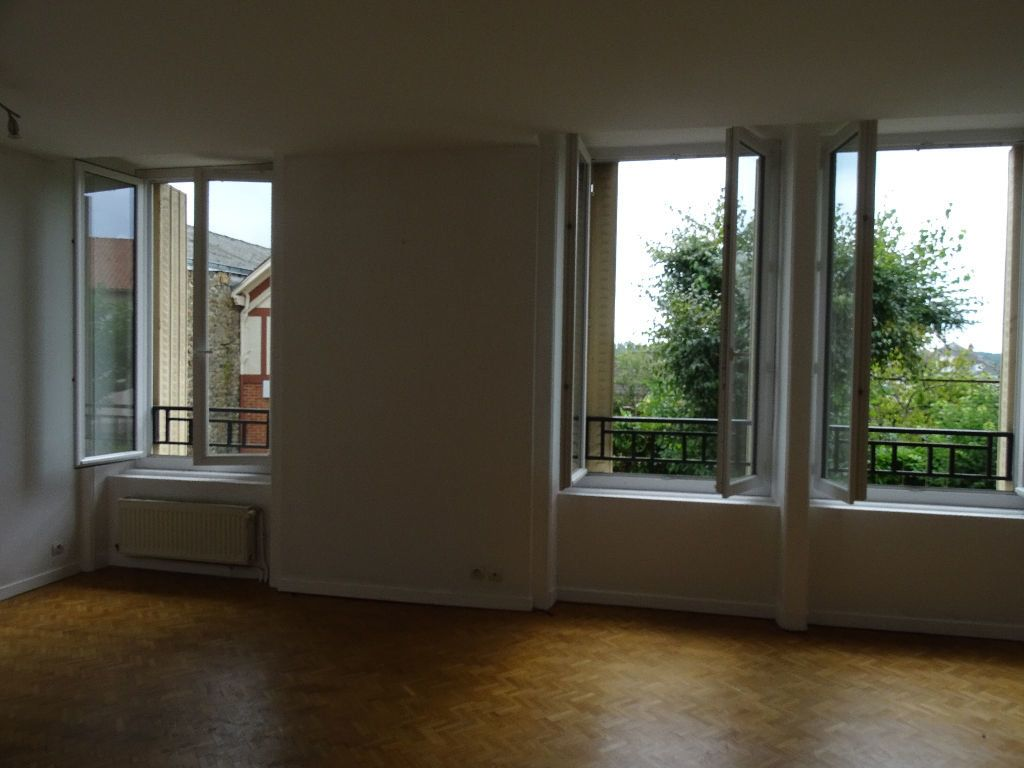 Appartement à louer 3 66m2 à Saint-Junien vignette-6