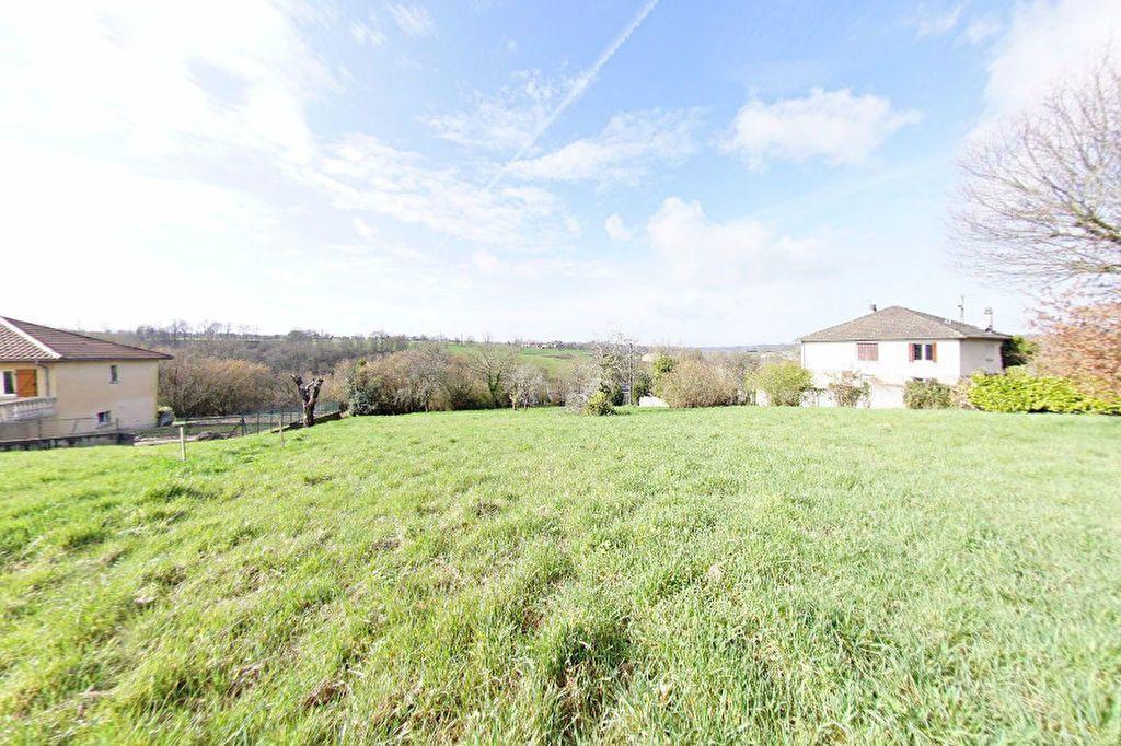 Terrain à vendre 0 1590m2 à Saint-Junien vignette-2