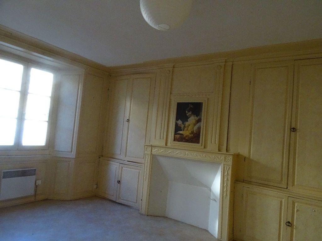 Appartement à louer 2 51m2 à Saint-Junien vignette-3