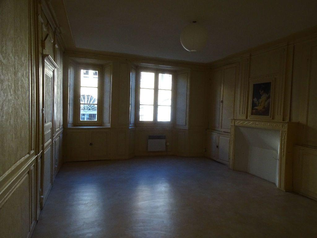Appartement à louer 2 51m2 à Saint-Junien vignette-5
