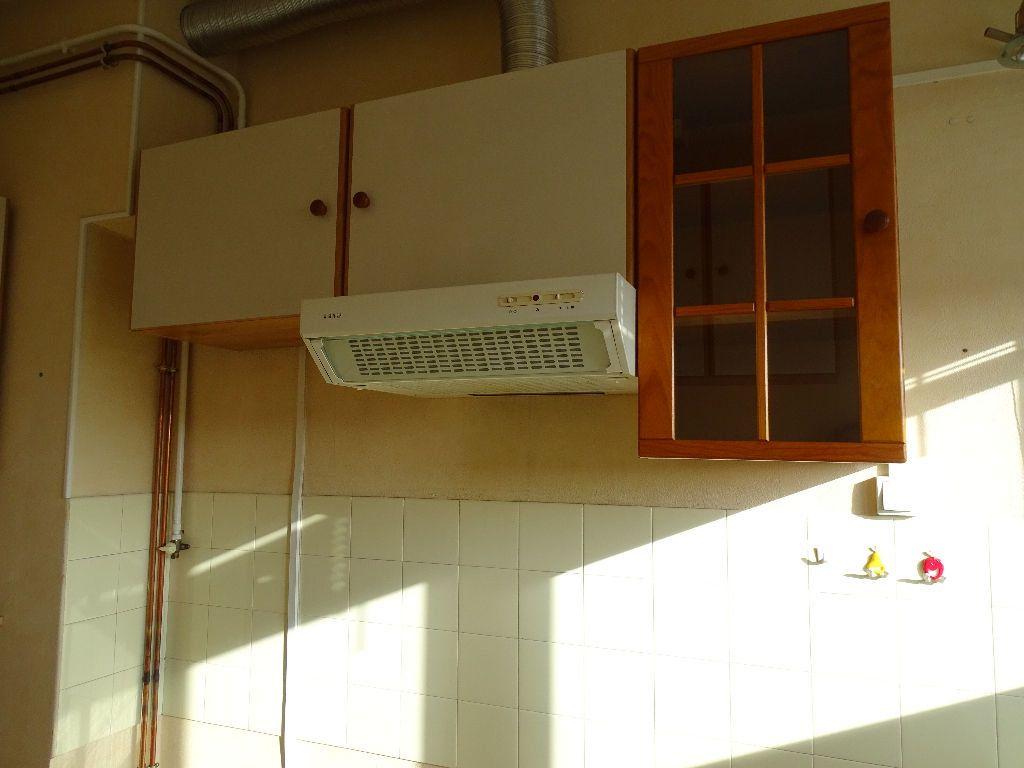 Appartement à louer 2 41m2 à Saint-Junien vignette-1
