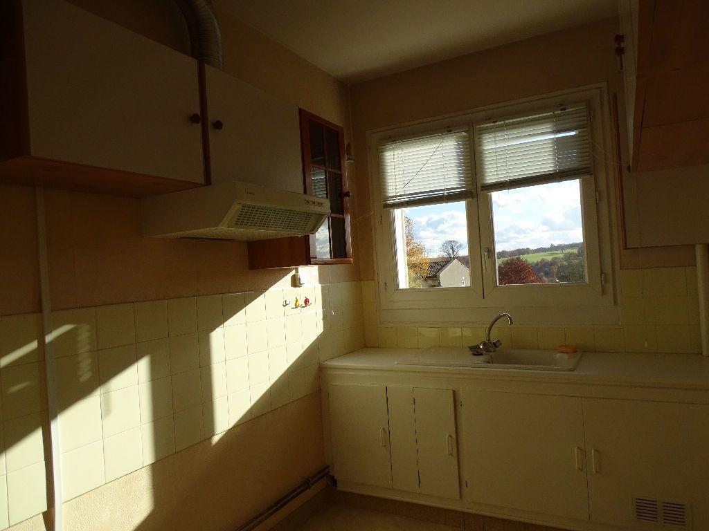 Appartement à louer 2 41m2 à Saint-Junien vignette-4