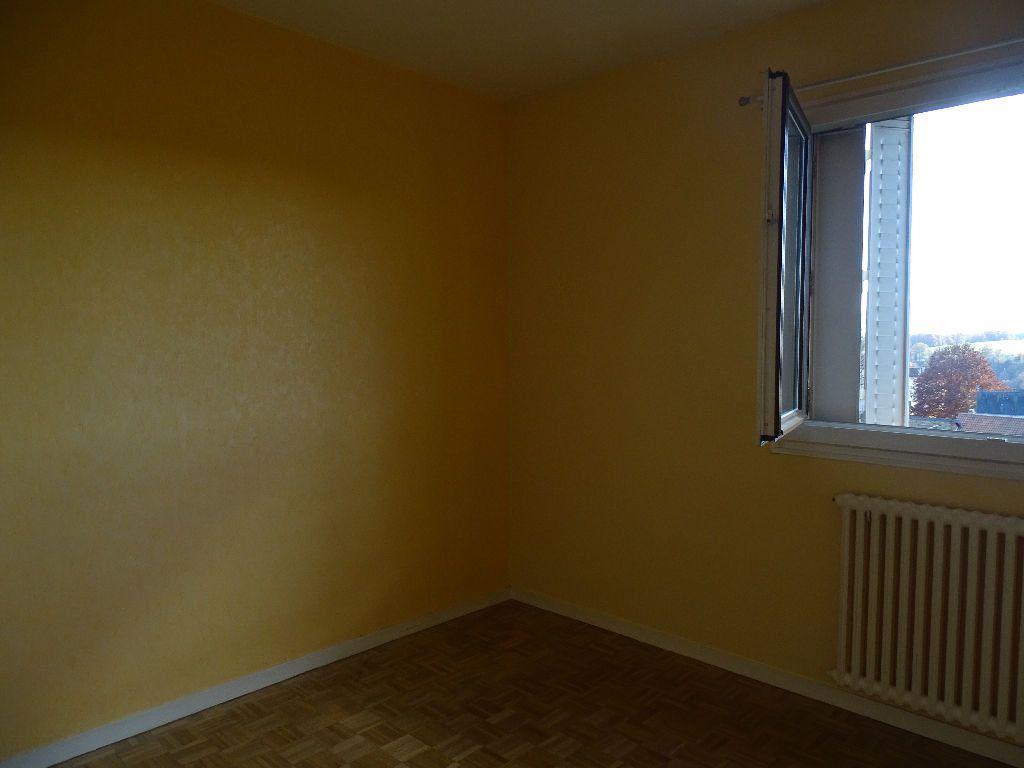 Appartement à louer 2 41m2 à Saint-Junien vignette-6