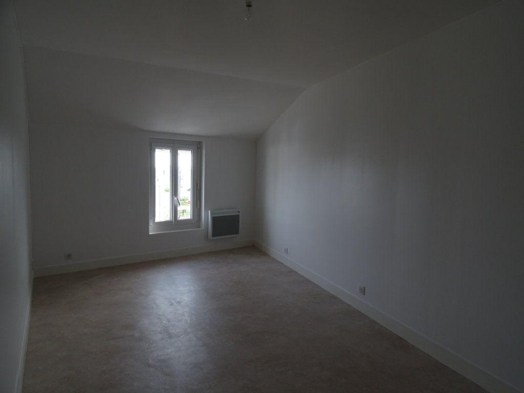 Appartement à louer 3 70m2 à Saint-Junien vignette-8