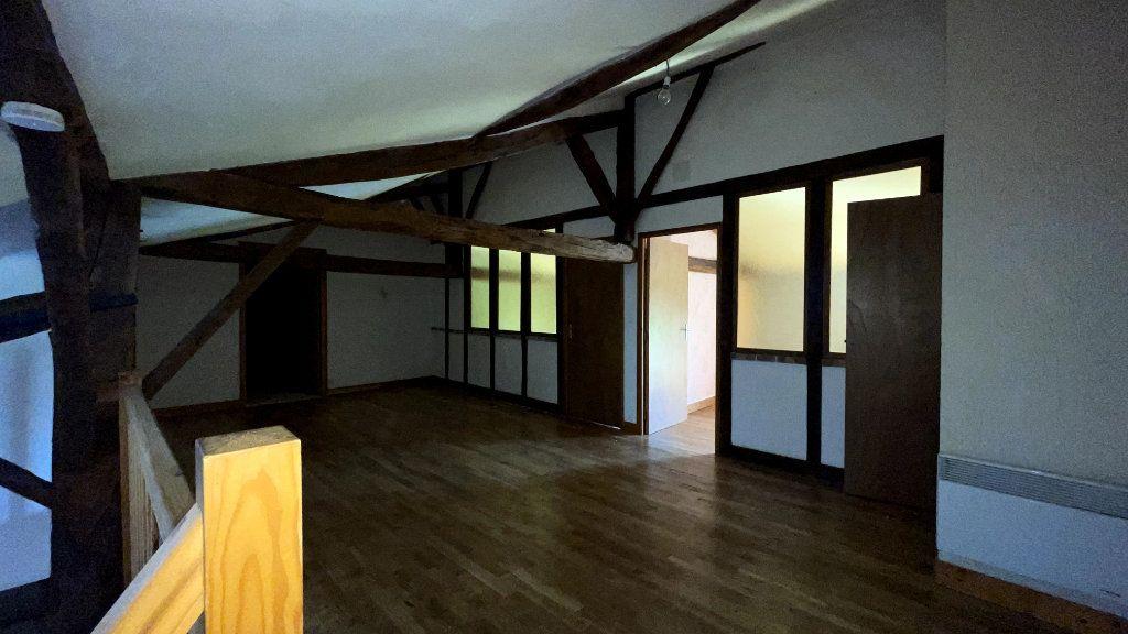 Maison à vendre 0 295m2 à Rochechouart vignette-12