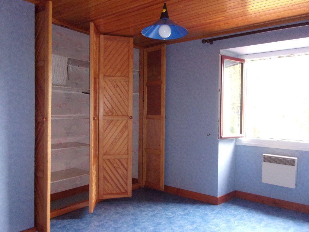 Maison à vendre 8 228m2 à Chassenon vignette-6