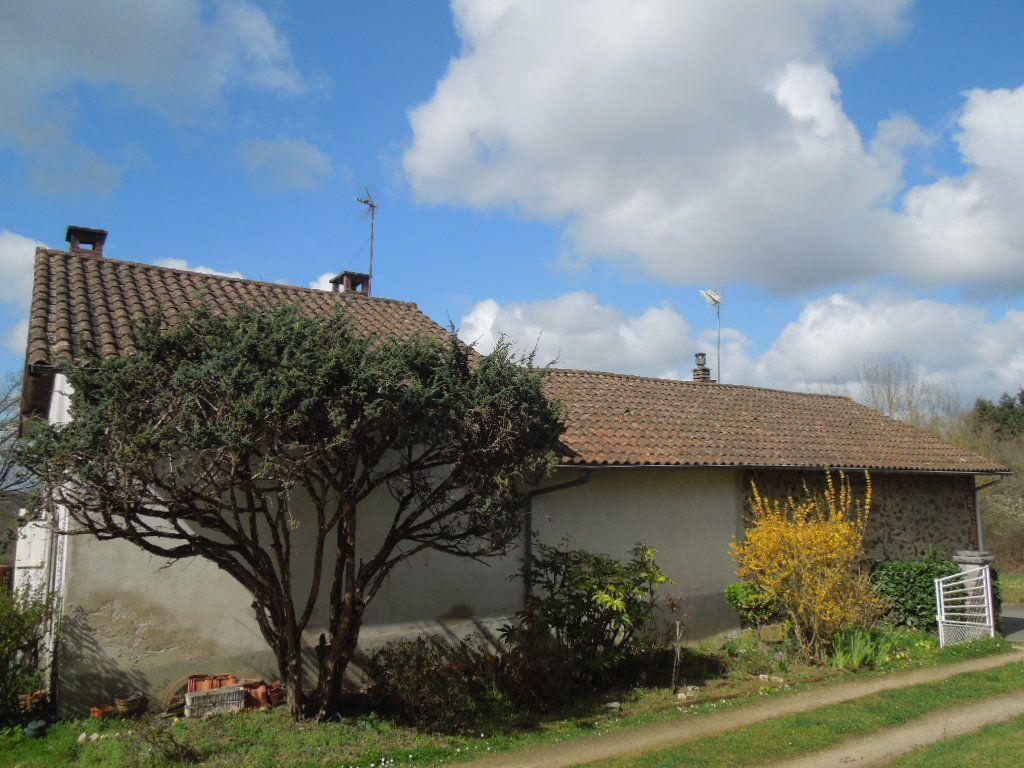 Maison à vendre 4 80m2 à Chassenon vignette-6