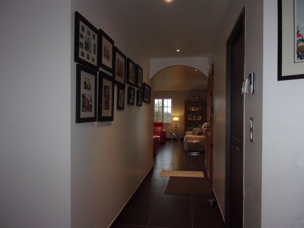 Maison à vendre 6 150m2 à Lésignac-Durand vignette-5