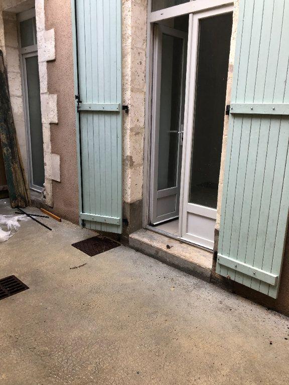 Appartement à louer 1 30m2 à Saint-Junien vignette-5