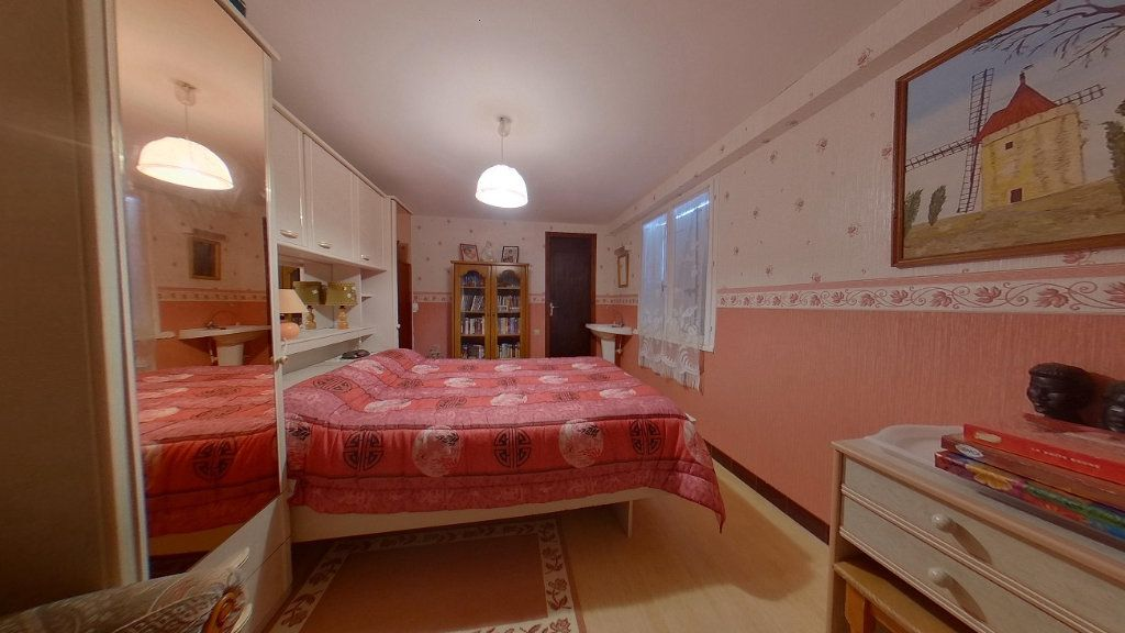 Maison à vendre 5 80m2 à Chassenon vignette-9