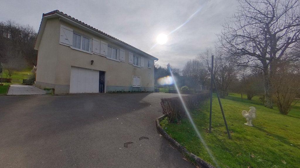 Maison à vendre 5 80m2 à Chassenon vignette-10