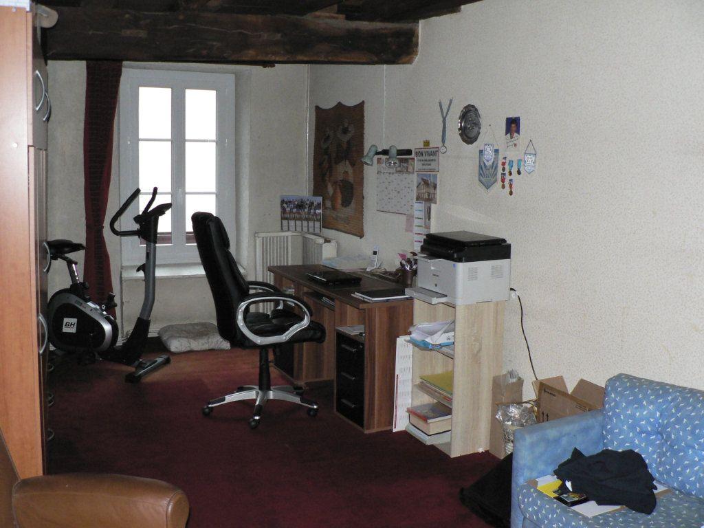 Maison à vendre 5 173m2 à Saint-Victurnien vignette-6