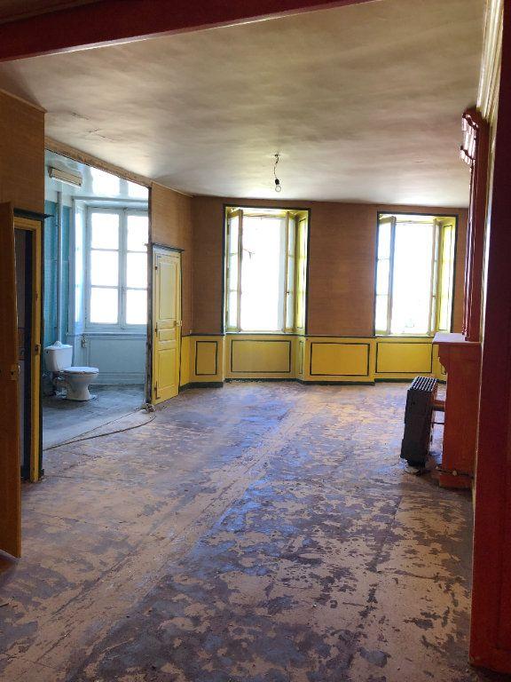 Immeuble à vendre 0 300m2 à Saint-Junien vignette-15