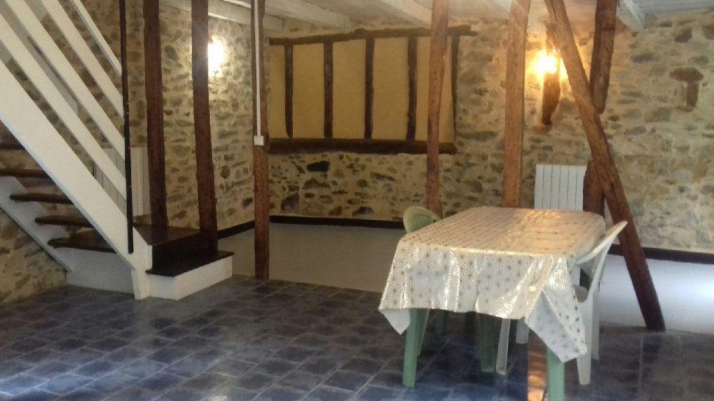 Maison à vendre 3 65m2 à Saint-Laurent-sur-Gorre vignette-1
