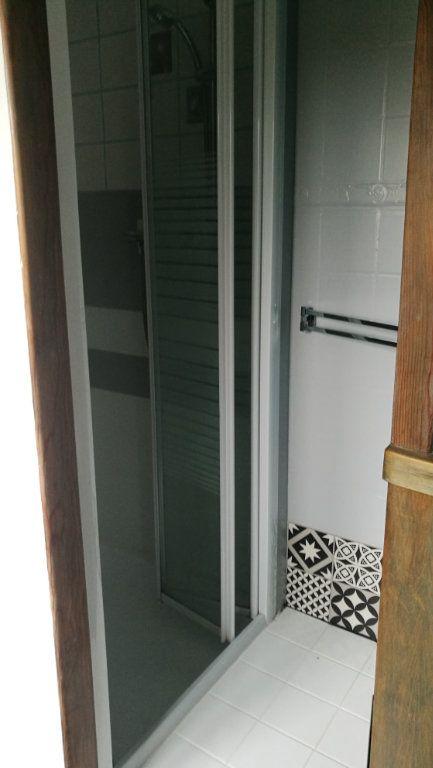Maison à vendre 3 65m2 à Saint-Laurent-sur-Gorre vignette-6