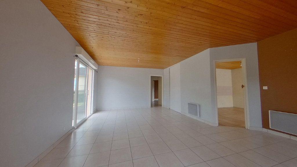 Maison à vendre 4 90m2 à Brigueuil vignette-2