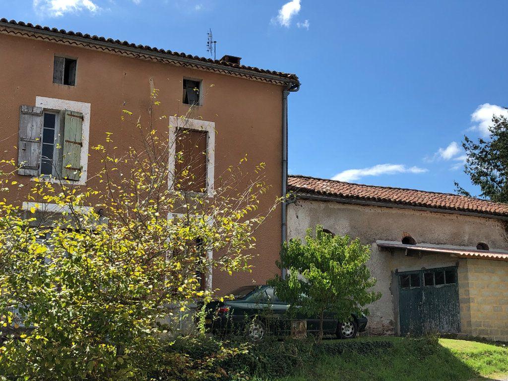 Maison à vendre 5 0m2 à Chassenon vignette-2
