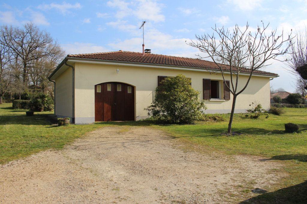 Maison à vendre 3 74m2 à Chassenon vignette-1