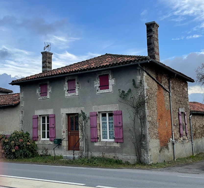 Maison à louer 4 109m2 à Étagnac vignette-14