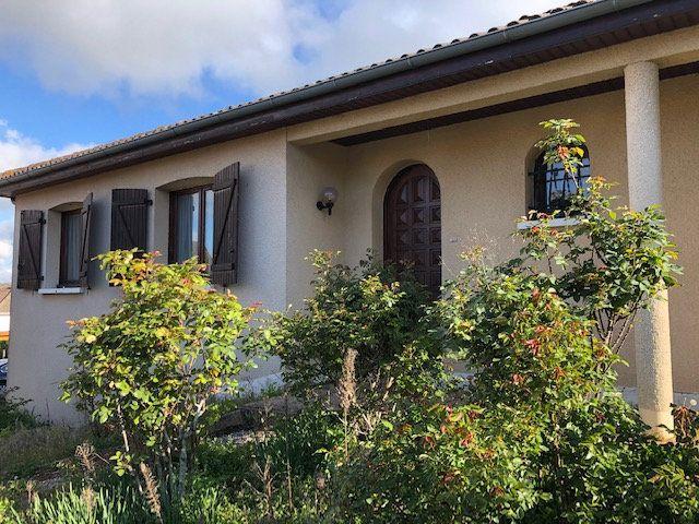 Maison à vendre 5 94.55m2 à Saint-Junien vignette-1