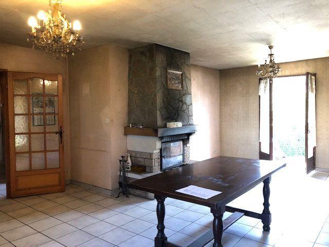 Maison à vendre 5 94.55m2 à Saint-Junien vignette-4