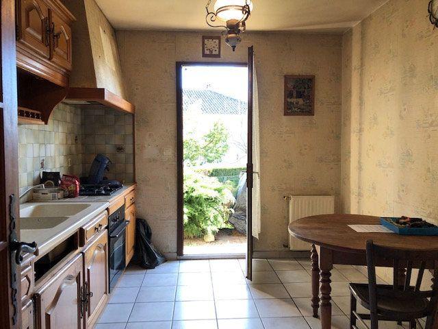 Maison à vendre 5 94.55m2 à Saint-Junien vignette-5