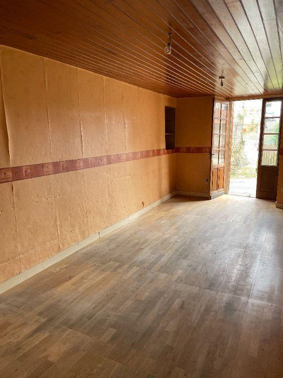 Maison à vendre 5 80m2 à Chassenon vignette-3