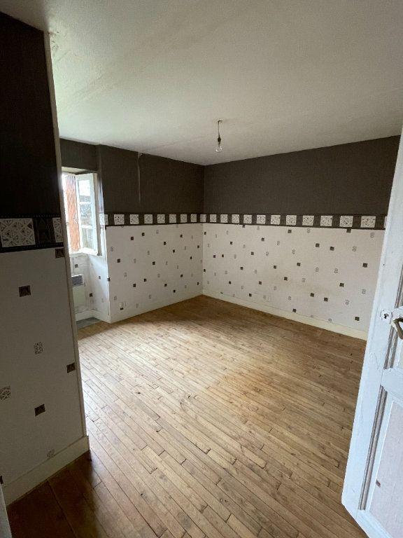 Maison à vendre 5 80m2 à Chassenon vignette-5