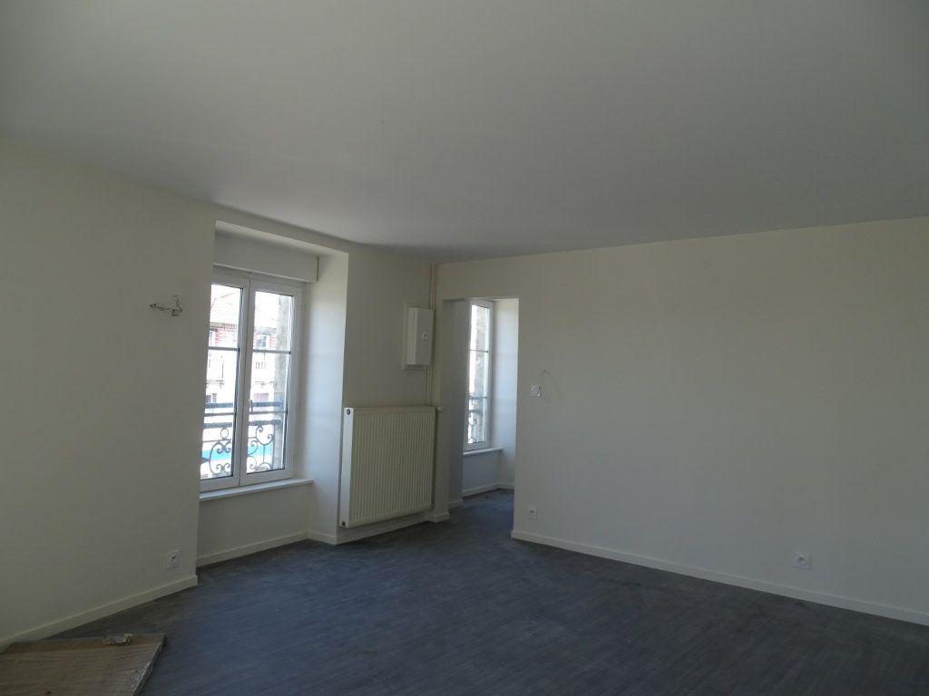 Appartement à louer 4 90m2 à Saint-Junien vignette-11