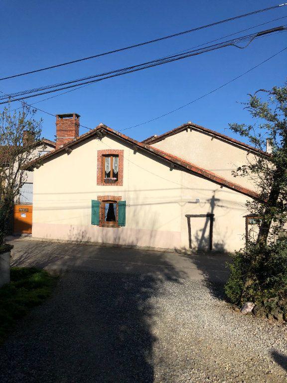 Maison à vendre 5 136m2 à Chassenon vignette-1