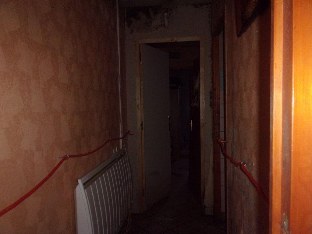 Maison à vendre 5 0m2 à Saint-Cyr vignette-6