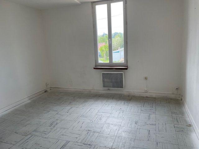 Maison à vendre 2 30m2 à Saint-Junien vignette-3