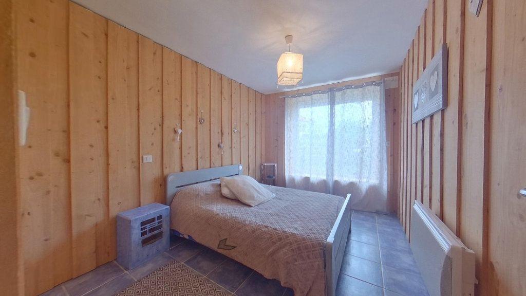 Maison à vendre 6 157m2 à Saint-Junien vignette-4