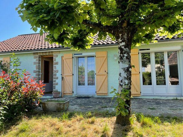 Maison à vendre 6 92m2 à Saint-Junien vignette-1