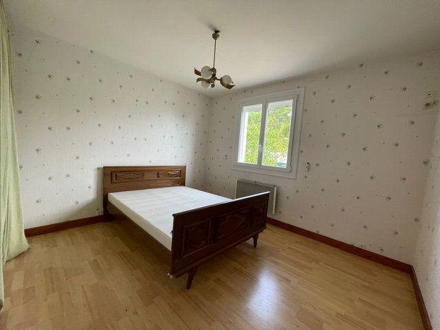 Maison à vendre 6 92m2 à Saint-Junien vignette-7