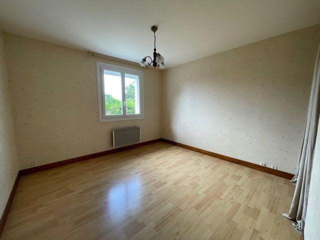 Maison à vendre 6 92m2 à Saint-Junien vignette-9