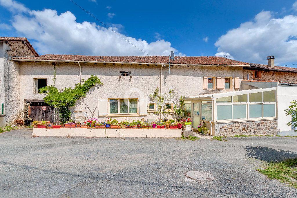 Maison à vendre 5 71m2 à Chassenon vignette-3