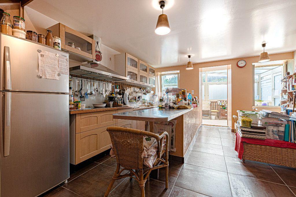 Maison à vendre 5 71m2 à Chassenon vignette-11