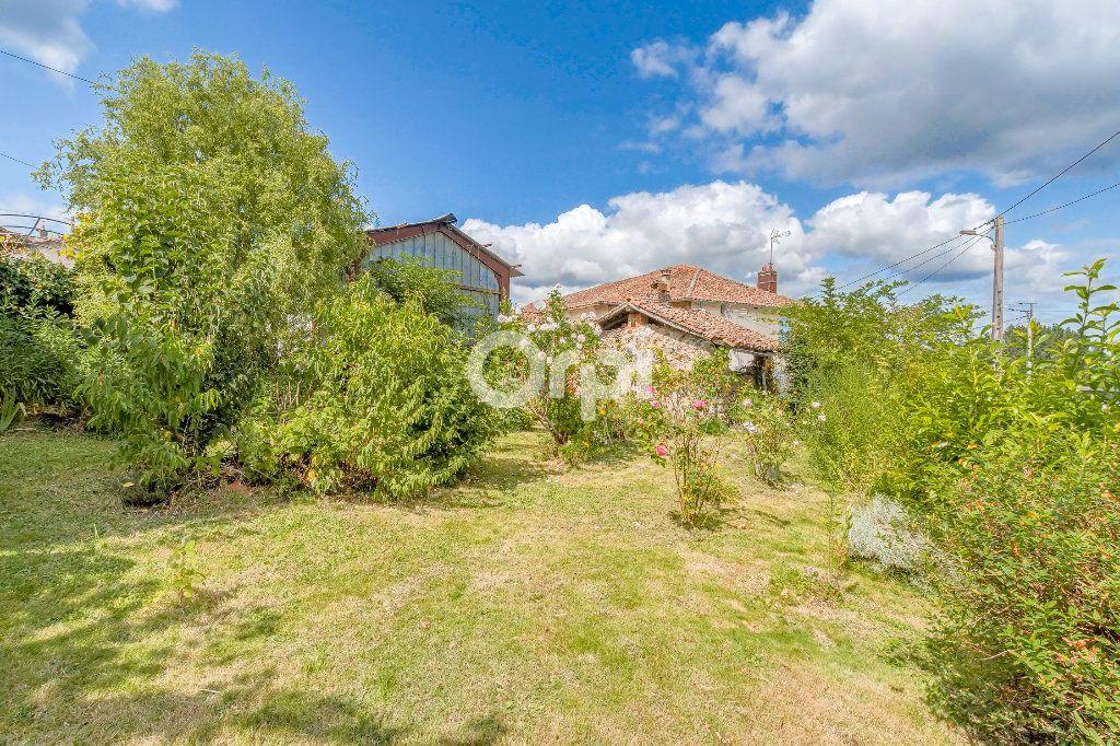 Maison à vendre 5 71m2 à Chassenon vignette-16