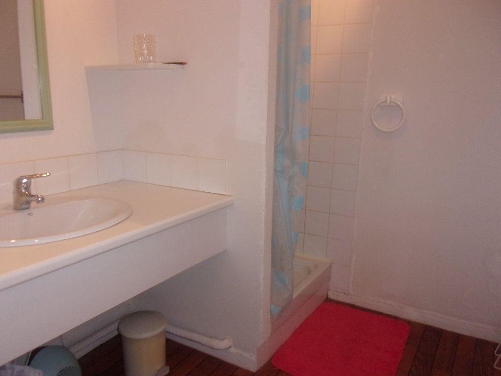 Appartement à louer 4 110m2 à Saint-Junien vignette-12