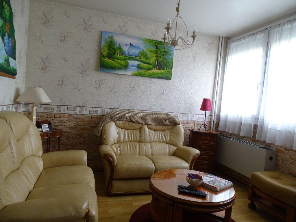 Appartement à louer 4 76m2 à Limoges vignette-8