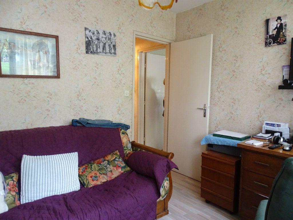 Appartement à louer 4 76m2 à Limoges vignette-13