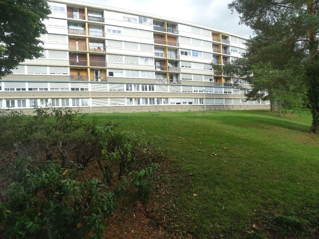 Appartement à louer 4 76m2 à Limoges vignette-14