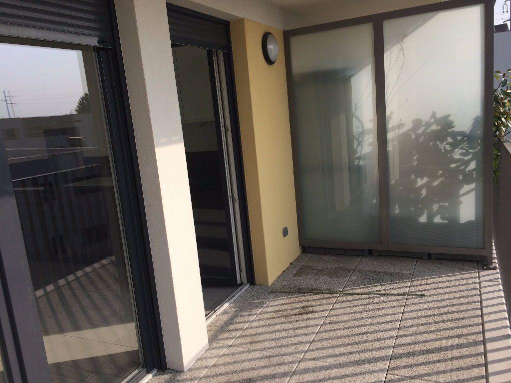 Appartement à louer 3 61.47m2 à Lingolsheim vignette-4