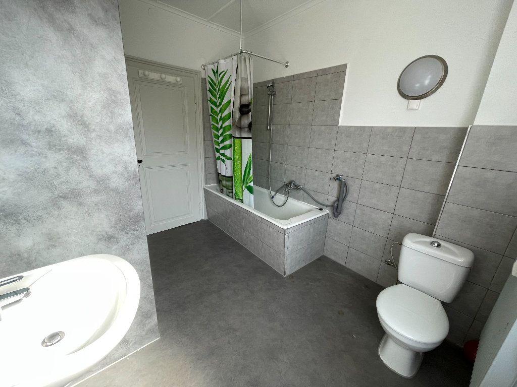 Appartement à louer 4 90.09m2 à Illkirch-Graffenstaden vignette-6