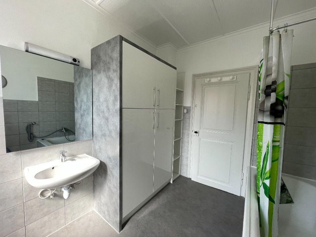 Appartement à louer 4 90.09m2 à Illkirch-Graffenstaden vignette-9