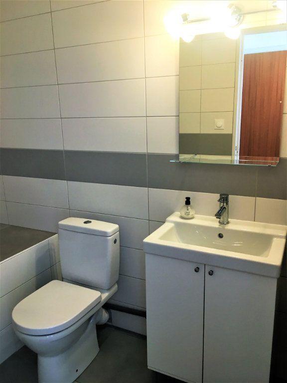 Appartement à louer 1 28m2 à Strasbourg vignette-6