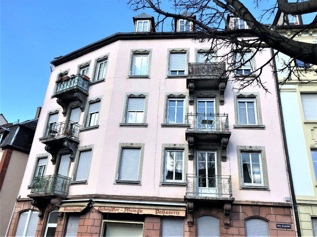 Appartement à louer 2 53m2 à Strasbourg vignette-1