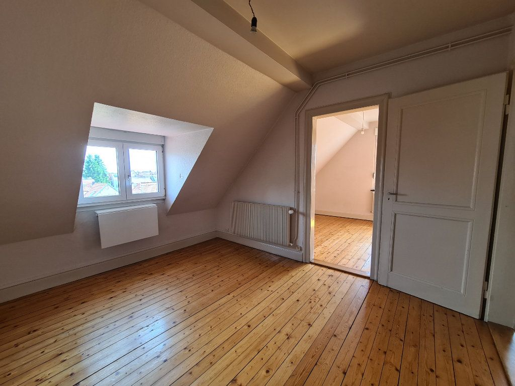 Appartement à louer 2 32.47m2 à Schiltigheim vignette-1