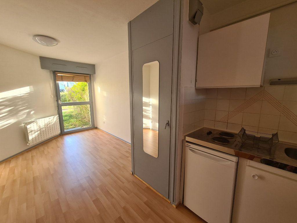 Appartement à louer 2 24m2 à Illkirch-Graffenstaden vignette-2